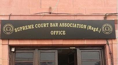 Delhi HC asks Ashok Arora & SCBA, mediation by a retired Supreme Court judge acceptable?