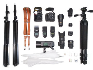 What a wedding photographer has in his photography bag?