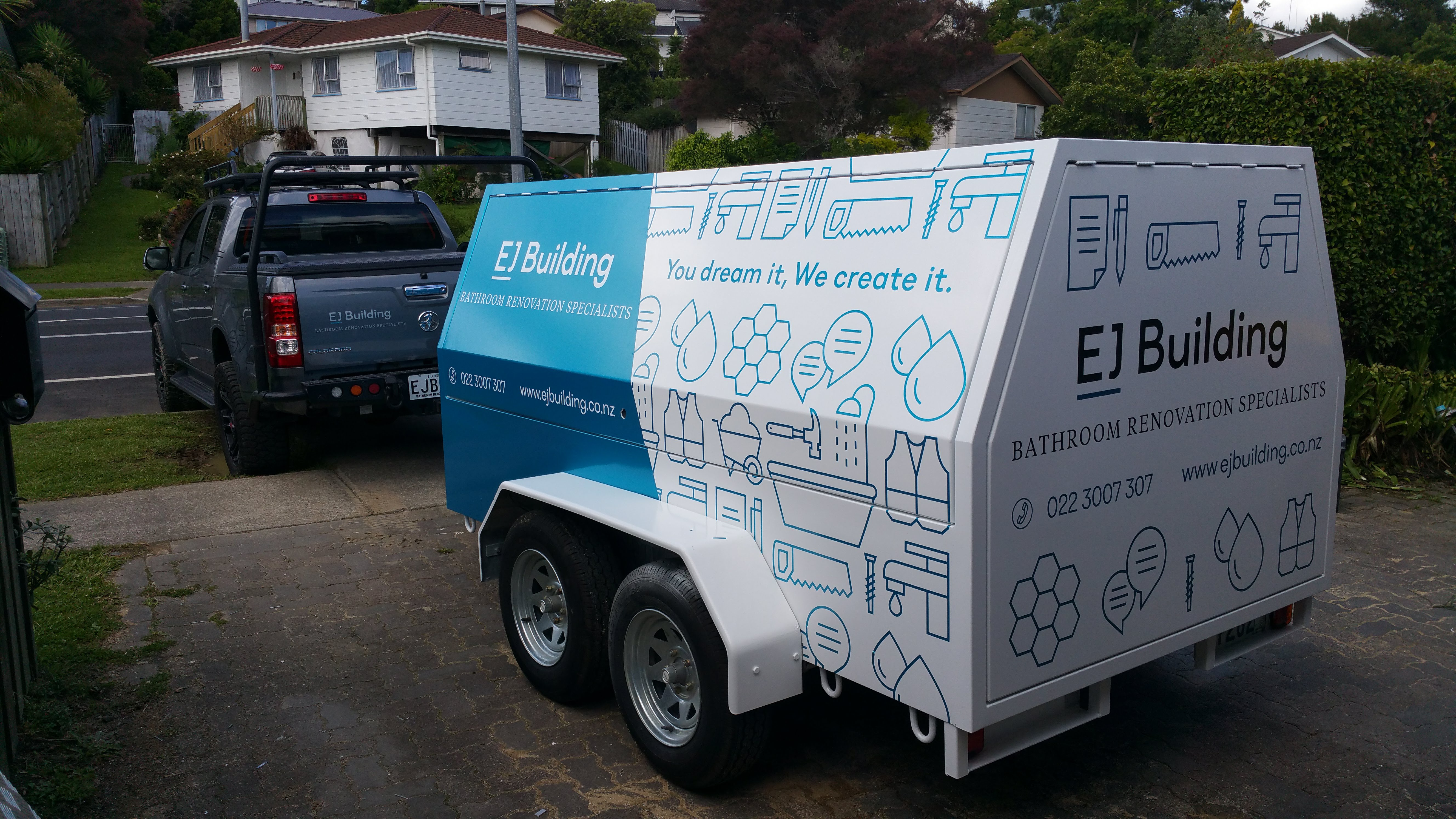 Trailer fleet vinyl wrap & signage