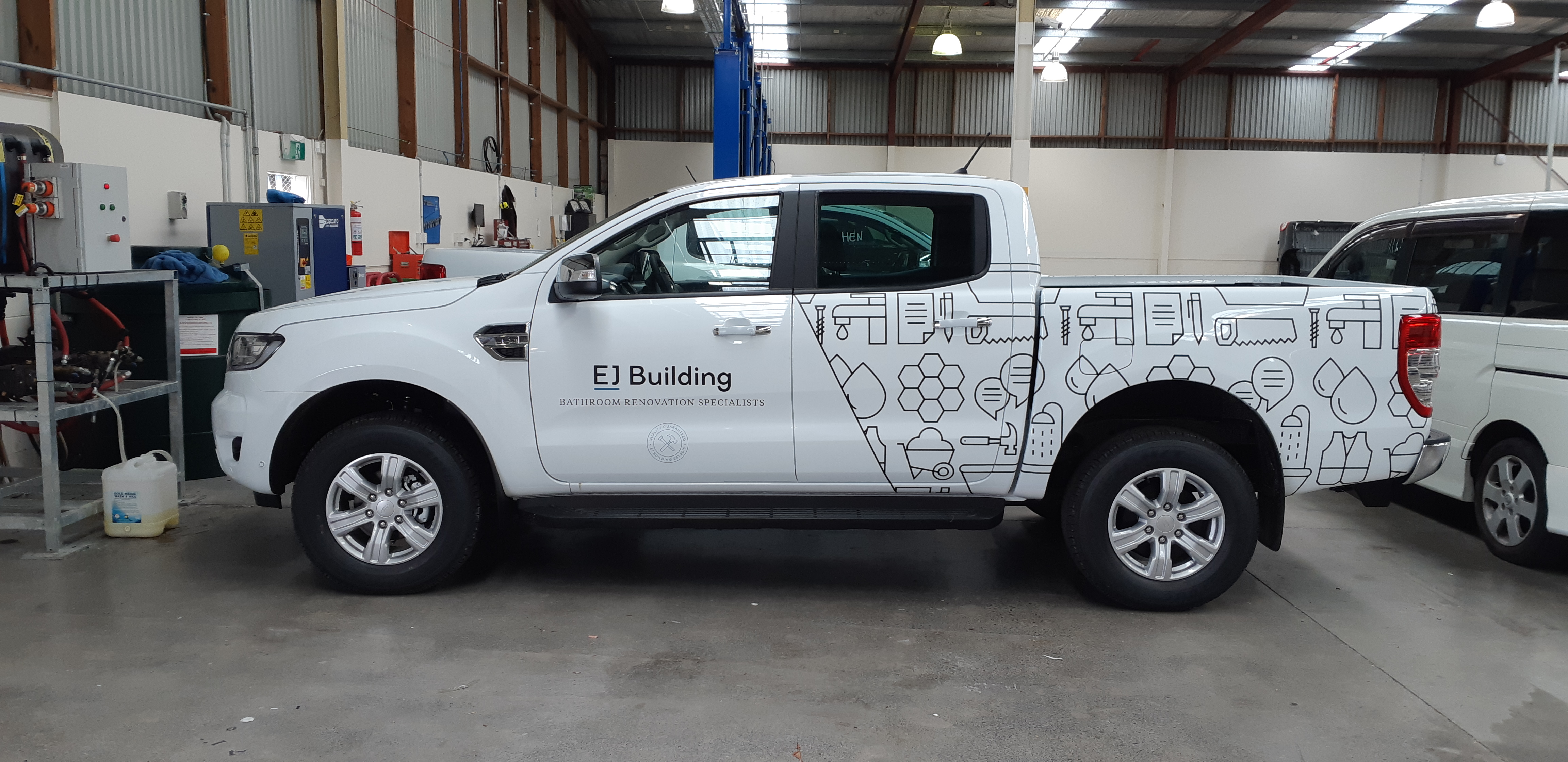 Custom Ute fleet signage