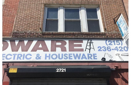 2721 W Girard Ave