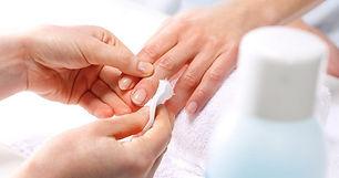 best-nail-polish-remover-696x366.jpg