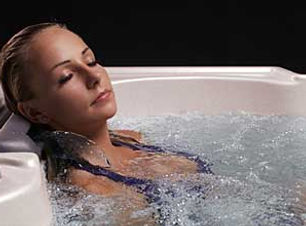 Using Your Hot Tub to Treat Common Healt