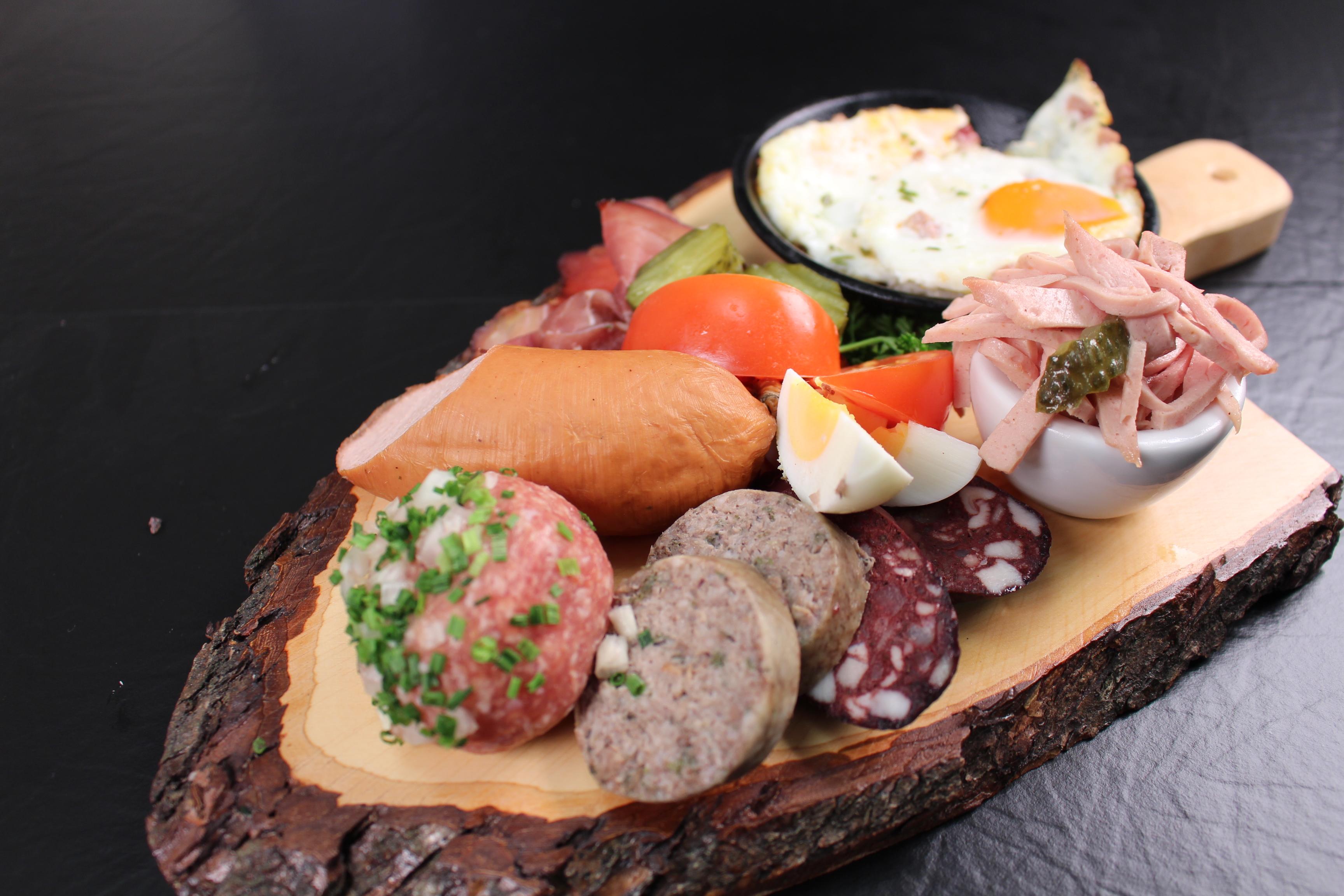 Herrenfrühstück mit Wurst