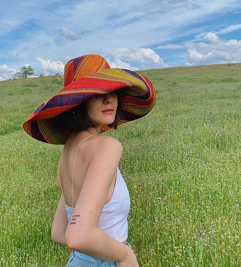 Fabiola hat