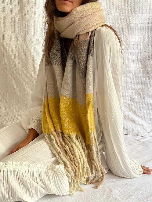 Daily scarf