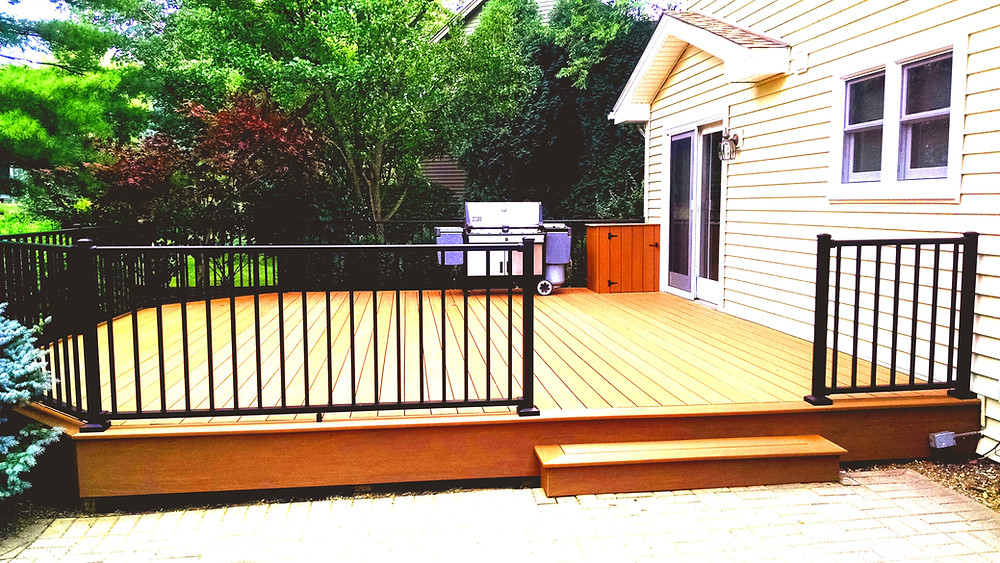 deck design with stairs