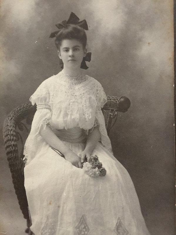 Virginia Bell Comer 1904.JPG