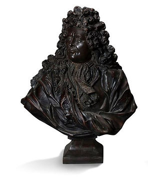 PAIR OF FRENCH KING BUSTS IN BRONZE.jpg