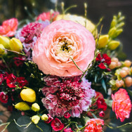 Blumenstrauss in den Frühlingsfarben