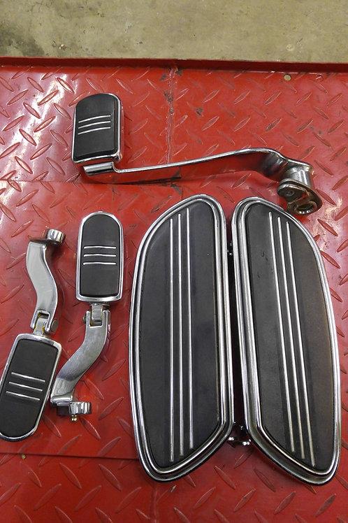 Streamline floorboard set w/brake pedal