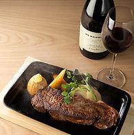赤ワインとステーキを合わせていかがでしょうか
