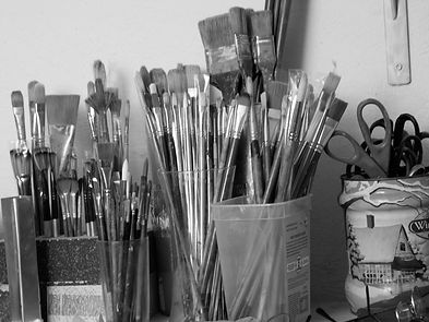 Brushes-grayscale.jpg