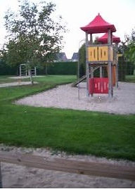 Kita Pfalzdorf Spielplatz.jpg