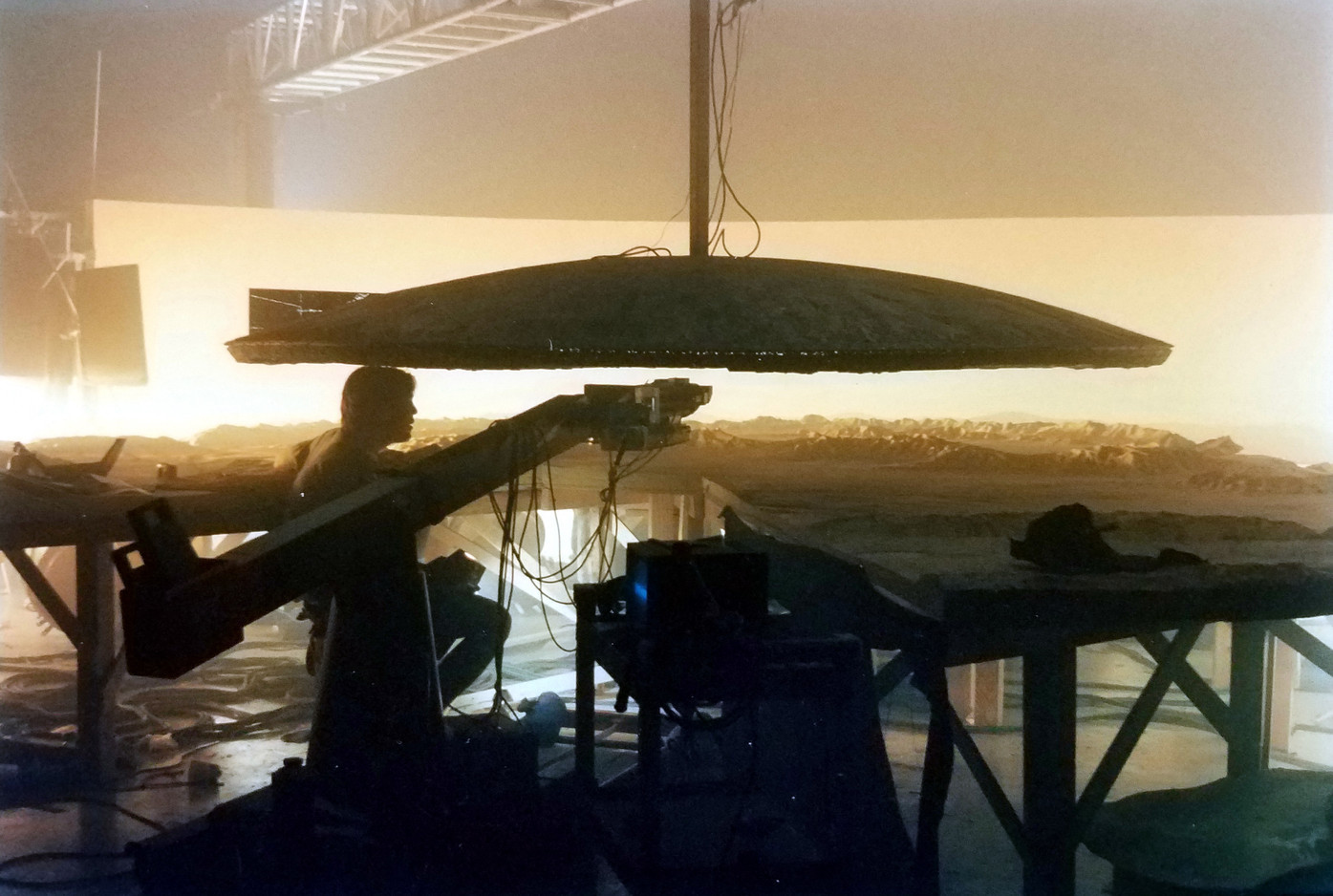6-ft city destroyer hovers over desert tabletop miniature