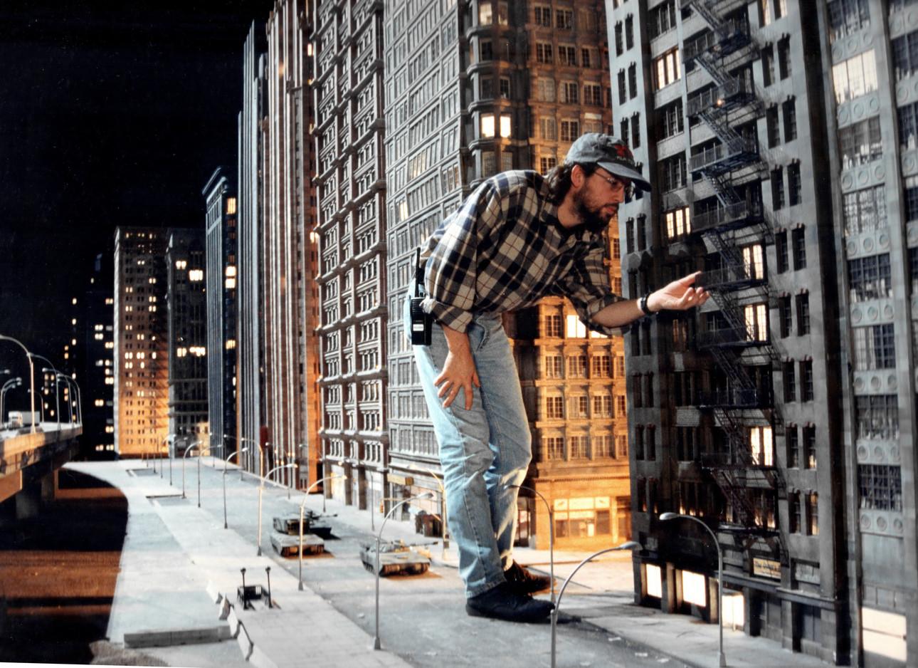 VFX Supervisor Volker Engel with NY miniature