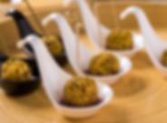 trufas de brie com gorgonzola envolto no