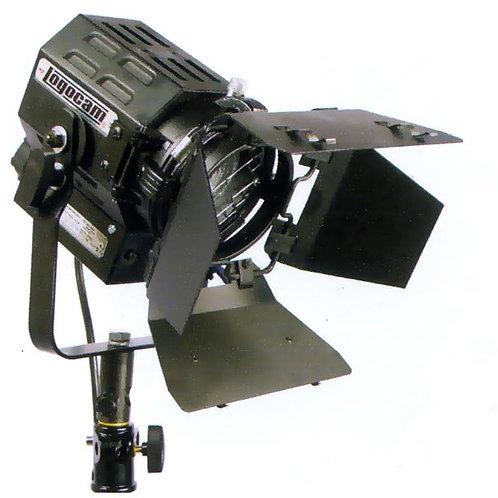 Logocam Fresnel 650 (3200К) с линзой Френеля