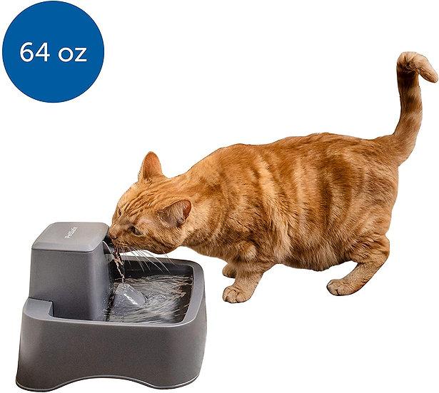 Fuente de agua para mascotas