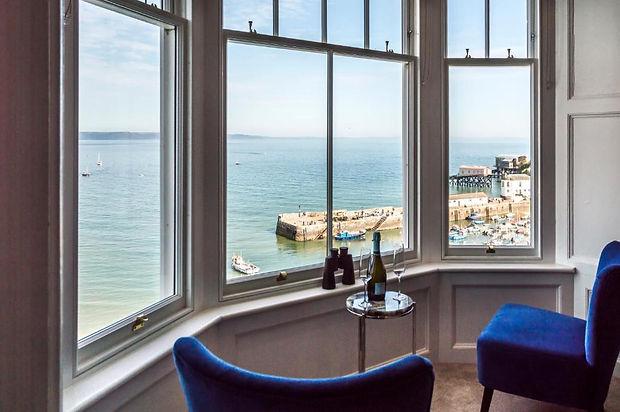 bay window harbour & wine.jpg