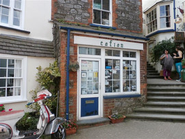 Cofion Book Store Tenby Shop Front.jpg