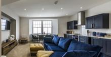 Lady Tenby Apartment