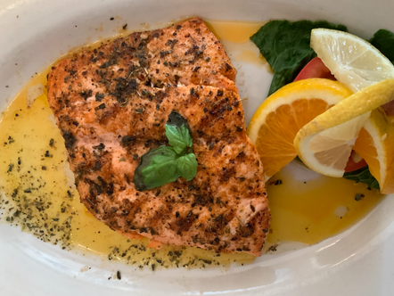 Taste the excellent Greek Cuisine in the heart of Oak Park at Papaspiros!