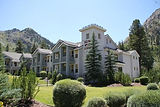 squaw-valley-lodge.jpg