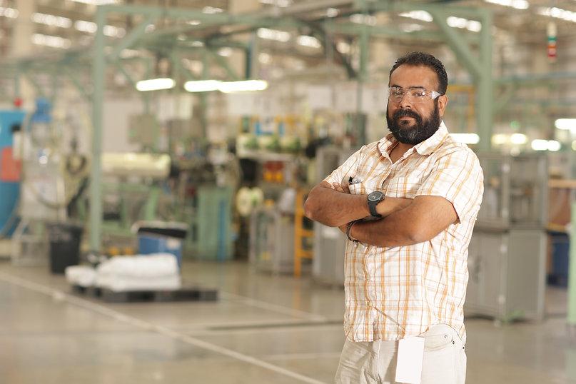 Factory%20Worker_edited.jpg
