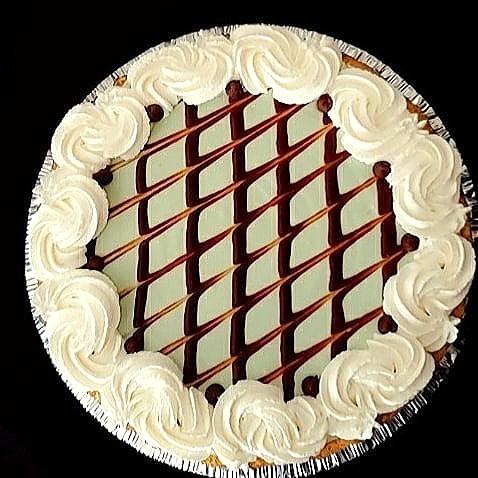 Mint Chocolate Chip Cheesecake
