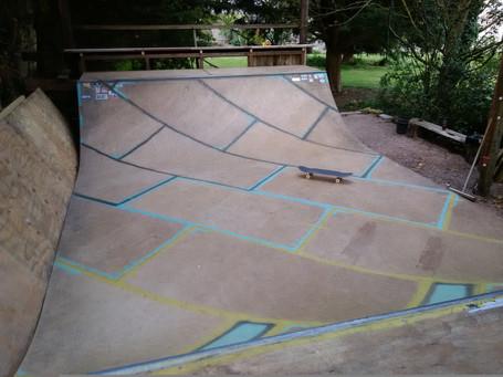 Plywood skateboard mini ramp, Midsomer Norton