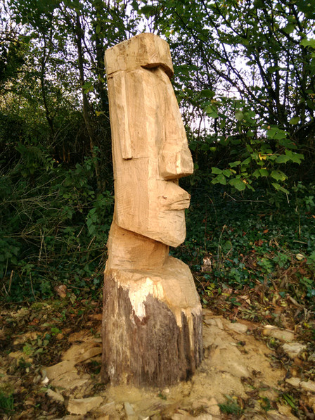 Chainsaw carving Easter Island Head Welton, Midsomer Norton