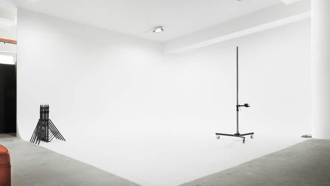 Studio ( A )