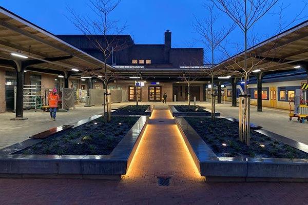 2020 Station-Naarden-Bussum.jpg