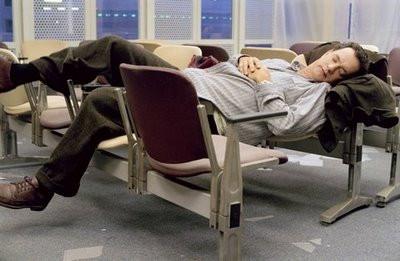 Havalimanın da Şekerleme Zamanı       (Time to nap in the airport)