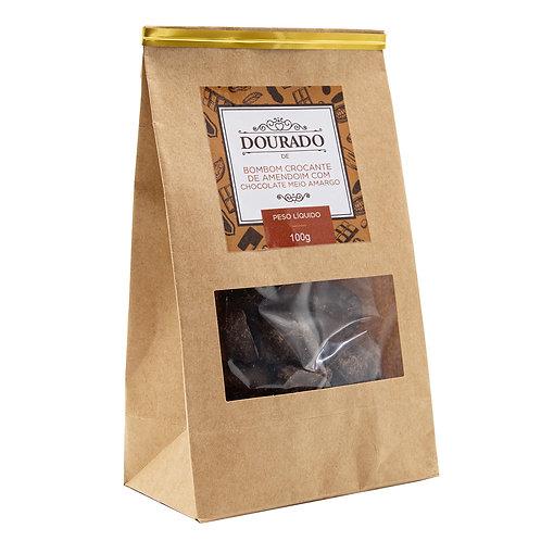 Bombom crocante de amendoim com chocolate meio-amargo