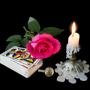 What is Tarot Reading?
