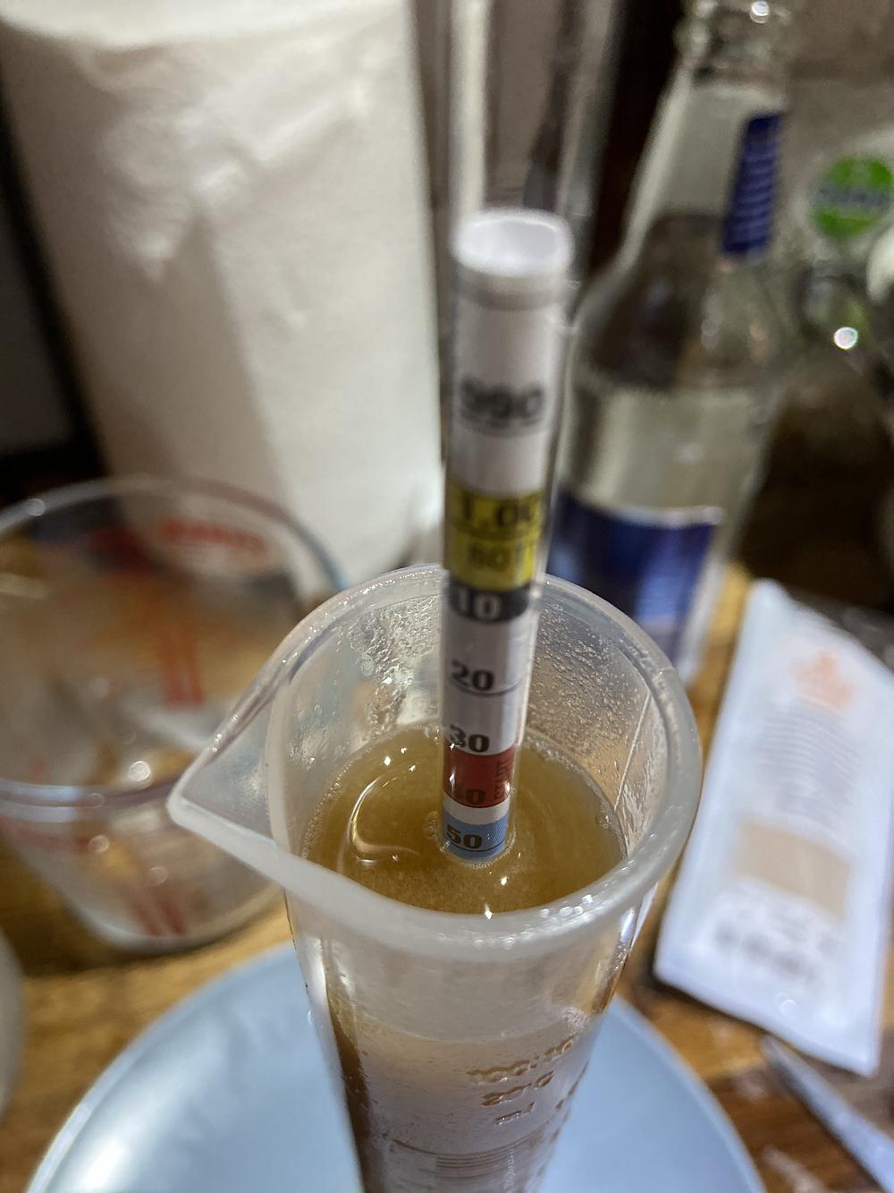American pale ale original gravity reading of 1.052