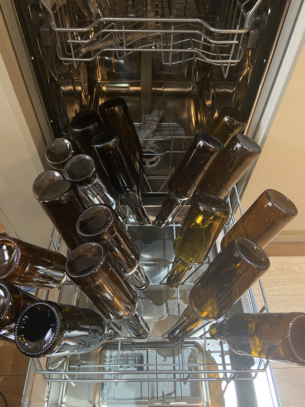 Cleaning bottles in the dishwasher