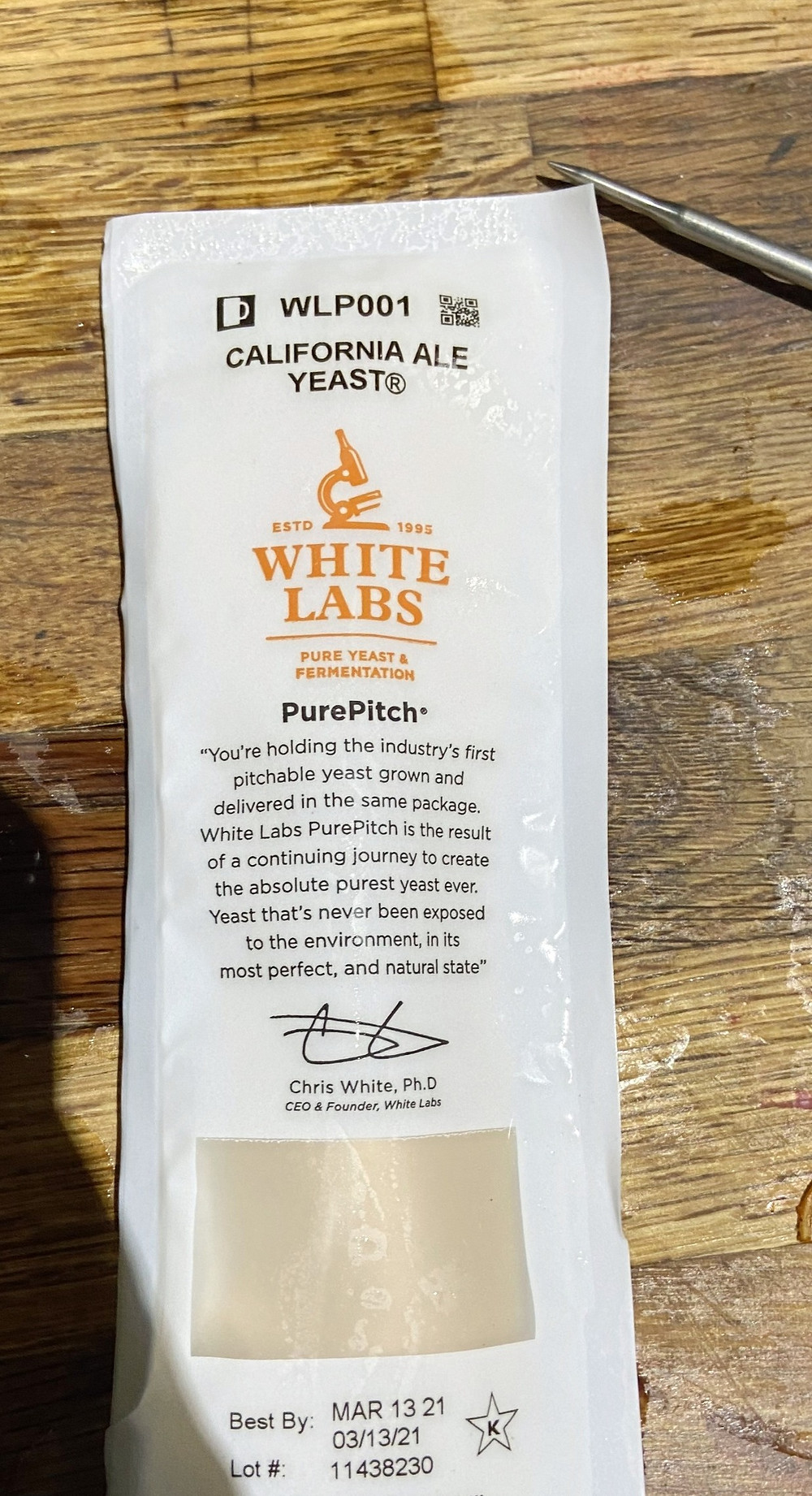 White labs California Ale (WLP001) yeast packet