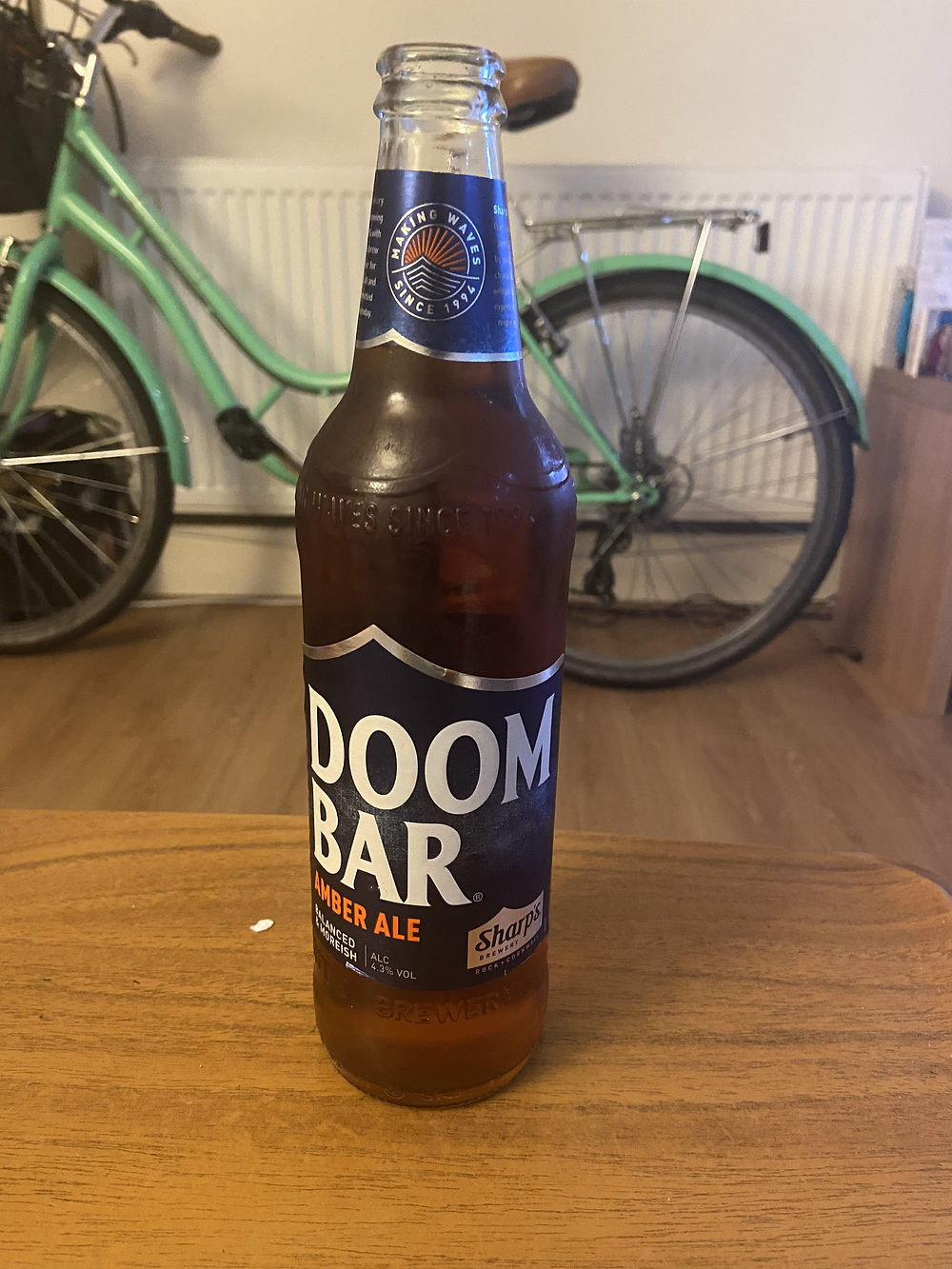 Doom bar by Sharp's brewery - Brew day beer