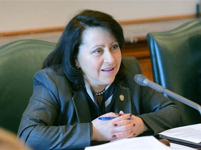 Latinas Lead' Works to Get More Women Running for Elected Office