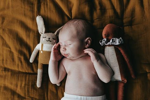 photo-bebe-naissance-photographe-drome-domicile-studio.jpg