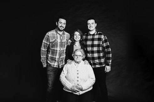 photographe-professionnel-famille-drome-ardeche-exterieur-studio-9.jpg
