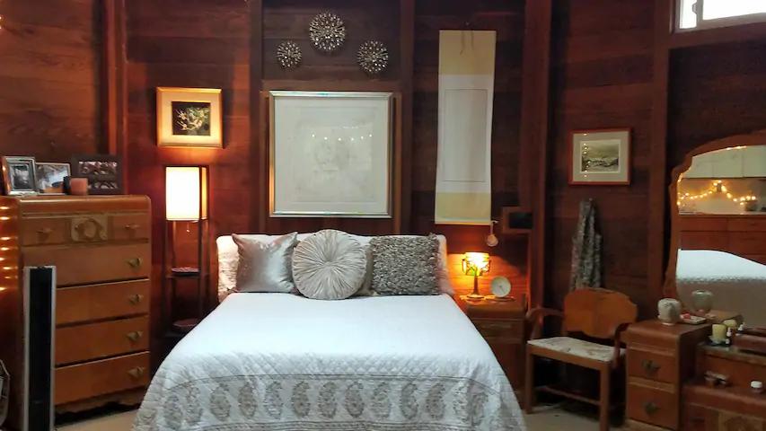 Zen Treehouse Retreat