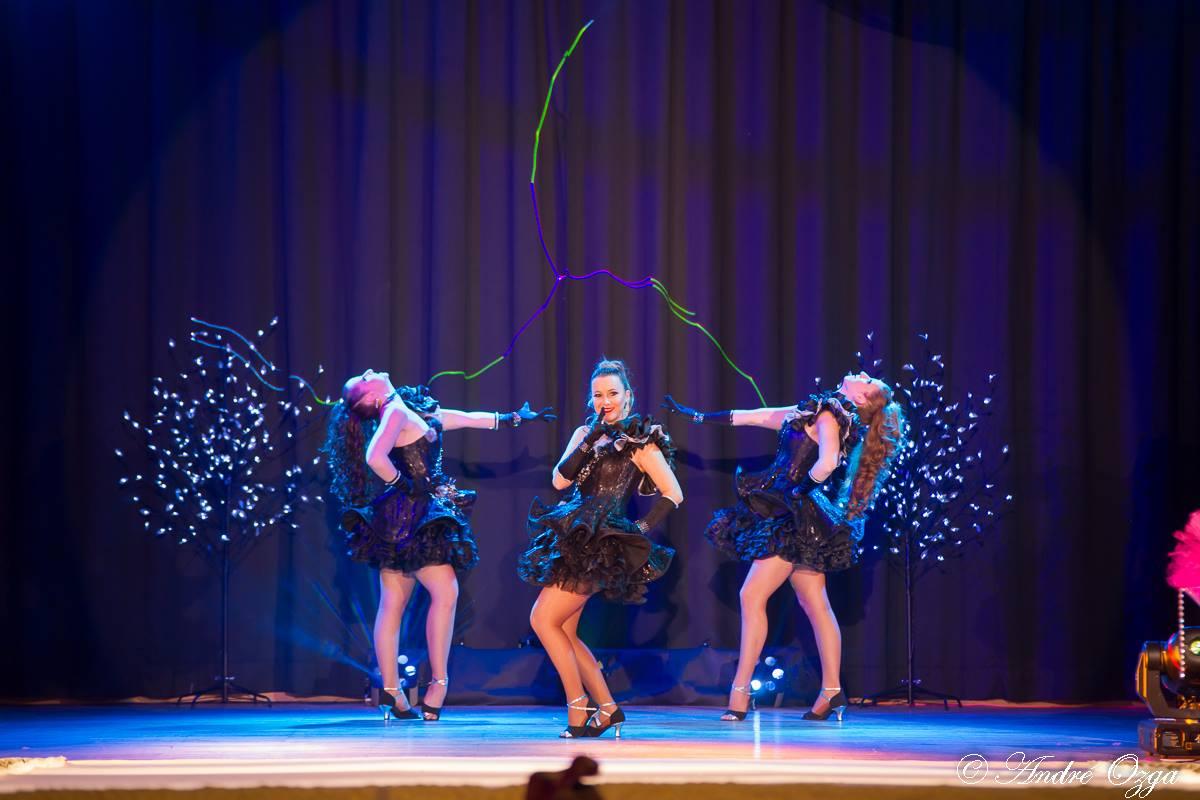 Revue cabaret Crazy Dolls