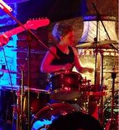 Schlagzeug Schwarz_edited.jpg