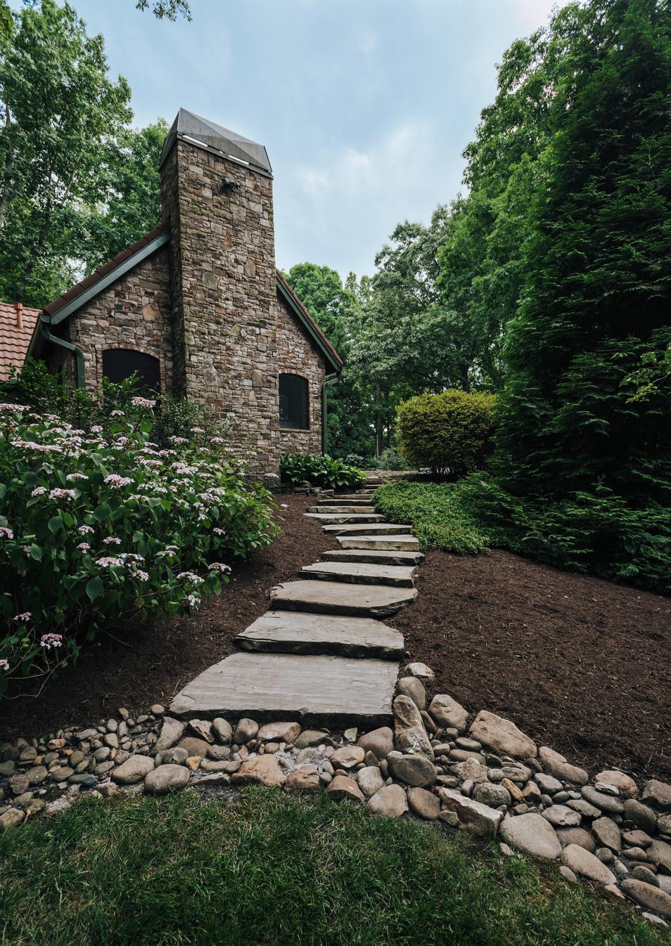 Paths & Walkways | Native Design & Hardscape