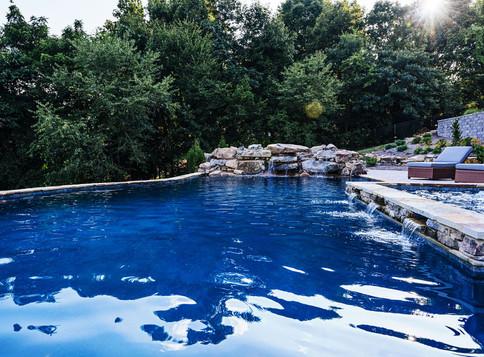 Fieldstone Boulders Water Feature   Native Design & Hardscape