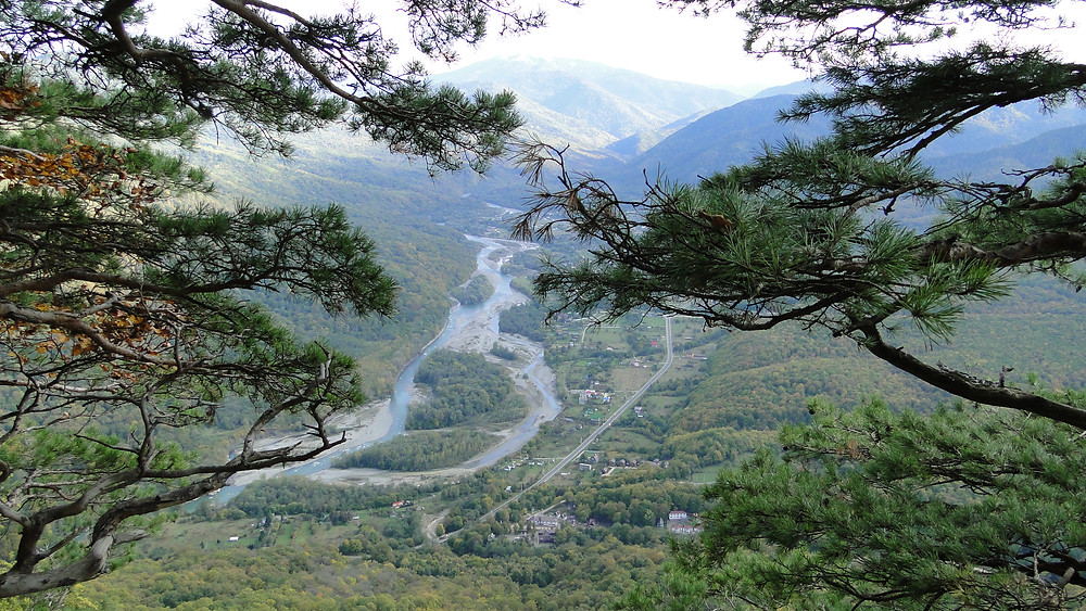 Вид на Хамышки с горы Монах